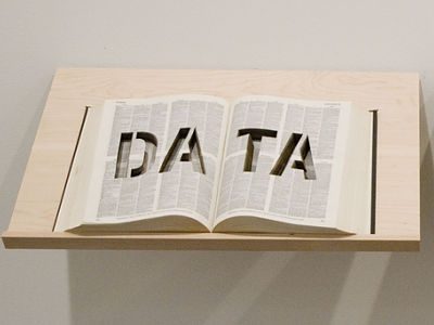 Data open book