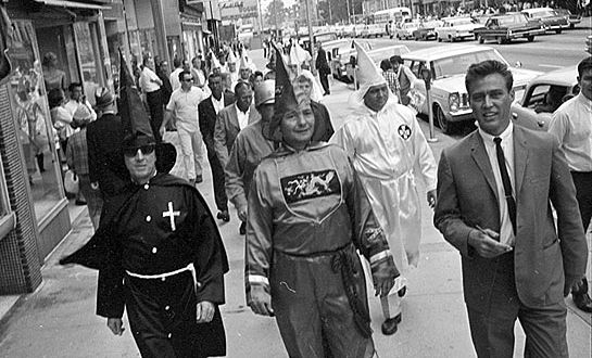 Bob-Jones-in-KKK-March-in-1965