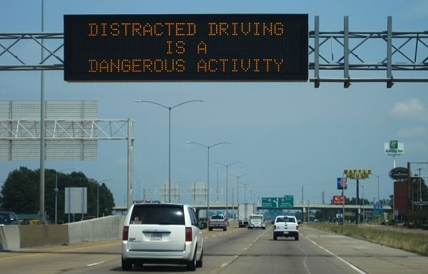 Distracted riving warning