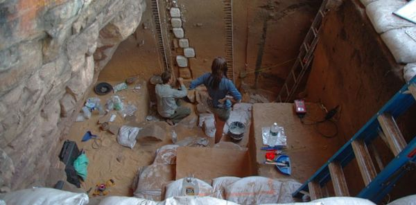 Fieldwork archaeology_opt