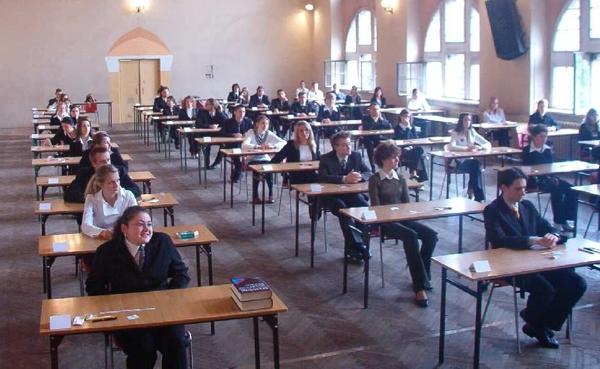 teens taking test