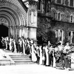 Women_graduates_University_of_Toronto_circa_1915_opt