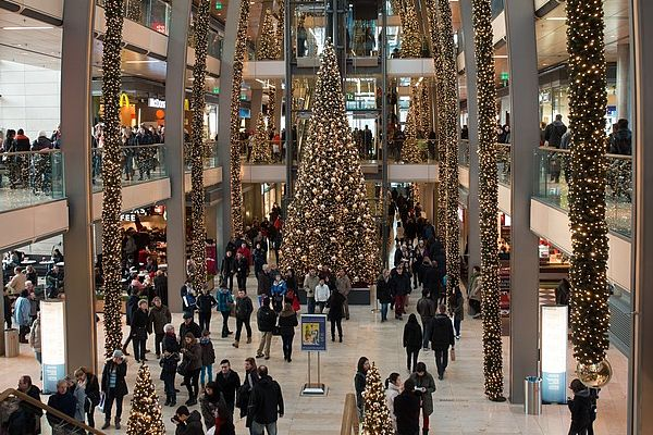 christmas-in the mall