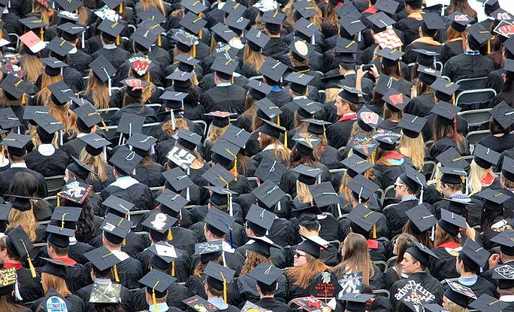 massed commencement graduates
