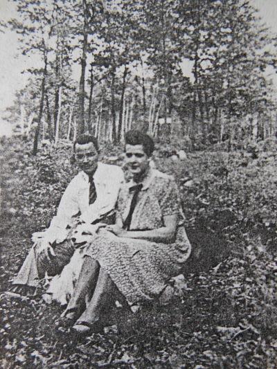 Allison and Elizabeth Davis